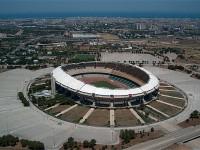 Calcio: Bari-Avellino, scoppio petardi davanti hotel campani