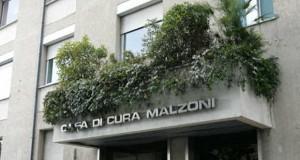 Nove medici della Malzoni devono rispondere di omicidio colposo.