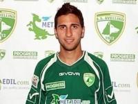 Costringeva la compagna a prostituirsi, arrestato ex calciatore dell'Avellino.