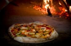 Onore alla Pizza Napoletana, ora Regina del mondo. La nota di Franco Petraglia.