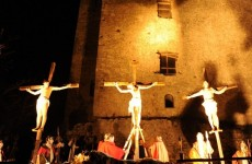 Cervinara: grande successo per la via Crucis vivente.