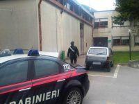 Tentano un furto all'Asl ma vengono messi in fuga dai Carabinieri