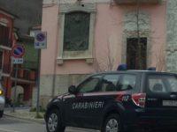 Minaccia la madre per storcere denaro, arrestato dai carabinieri.