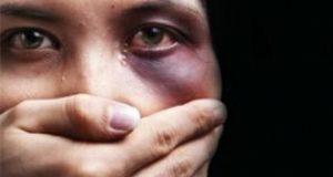 Violenza domestica: stop agli incubi di una donna e delle sue figlie.