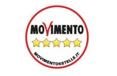 Governo: M5s, De Caro si dimetta da sottosegretario