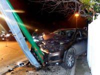 Autista perde il controllo dell'auto, sforata la tragedia.