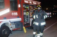 Rotondi. Incendio distrugge negozio Casa Mia