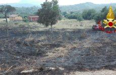 Incendi: giornata di super lavoro per i Vigili del Fuoco