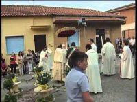 Cervinara. Storico momento: tutti i parroci alla processione del Corpus Domini.