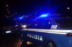 Investono due agenti per evitare arresto: in manette Massimo Sbarra e Antonio Rescigno.