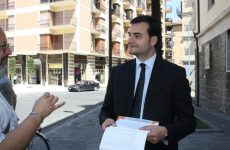 """""""Air svenduta, ecco i documenti"""". Carlo Sibilia convoca la stampa"""