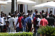 Migranti: denunciati 15 ospiti struttura nel Beneventano