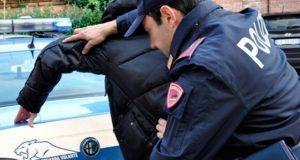 Avellino: tentano il furto di materiale telefonico. La Polizia di Stato denuncia tre persone