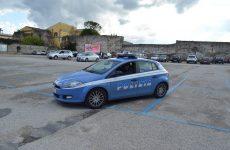 Giro di vite contro i parcheggiatori abusivi: sanzioni della Polizia di Stato