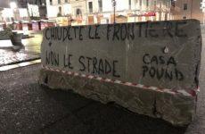 Barriere anti-terrorismo ad Avellino: la protesta di CasaPound.