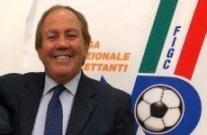 La F.I.G.C. Campania premia le società.
