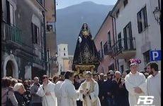 Cervinara. Attesa per la processione del Venerdi di Passione.