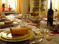 Pasqua:Coldiretti,pranzo a casa per l'87% e vince tradizione