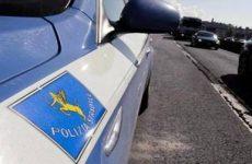 Polizia Stradale di Avellino  blocca 4 persone e arresta una donna