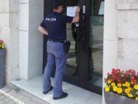 Controlli amministrativi in città e in provincia, attività sospese per due esercizi commerciali.