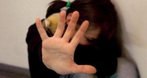 Violenza sessuale su una minore. Retesei ne aveva parlato nei giorni scorsi: la situazione in alcuni nuclei familiari è devastante.