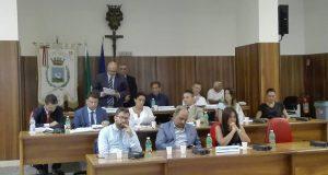 Sabato consiglio comunale di Avellino discuterà mozione di sfiducia al sindaco.