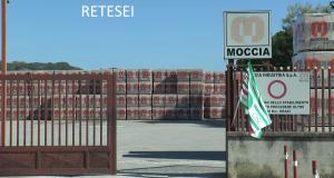 Montesarchio: polizia e carabinieri allo stabilimento Moccia
