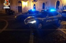 Si scaglia contro un barista, 22enne di Benevento denunciato dalla Squadra Volanti