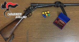Sorpreso in possesso di fucile con matricola abrasa e munizionamento: arrestato un 68 enne.