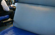 Ferrovia Bn-Na: piove nei vagoni.