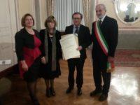 Onorificenze, premiati il comandate Rosa D'Eliseo e l'ing. Nazario Parente.