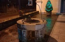 Cervinara. Rubate le renne  delle decorazioni natalizie davanti al Santuario di San cosma e Damiano.