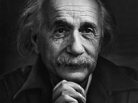La luce ombra di Dio. Fede e ragione in Albert Einstein di mons.Pasquale Maria Mainolfi.