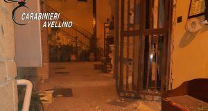 """Bomba carta fatta esplodere davanti ingresso trattoria """"Addò Scialone"""""""