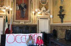 """Sant'Agata dei Goti. Attiviste """"Curiamo la vita"""" occupano l'aula consiliare."""