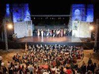 Nasce un nuova collaborazione tra l'Area Archeologica del Teatro Romano di Benevento e il Centro Studi di danza di Carmen Castiello